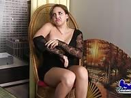 Sexy Curvy Jessi Smith